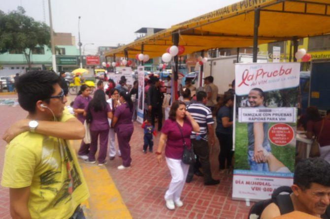 FERIA INFORMATIVA POR EL DIA MUNDIAL DE LA LUCHA CONTRA EL SIDA (01 de diciembre)